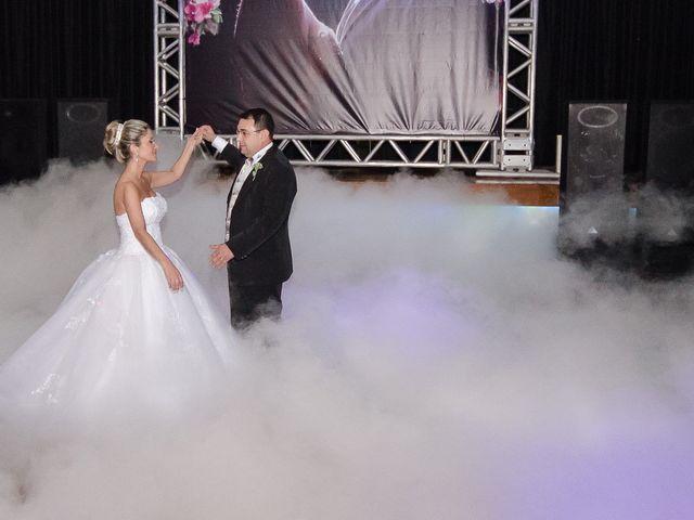O casamento de Elisangela e César em Novo Hamburgo, Rio Grande do Sul 86