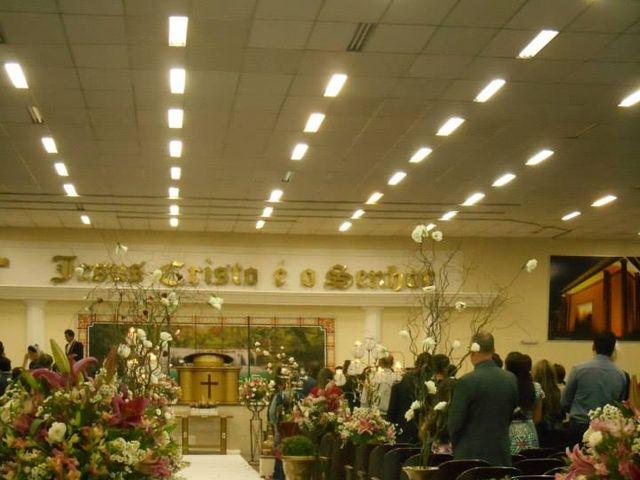 O casamento de Douglas e Jennifer em Curitiba, Paraná 5