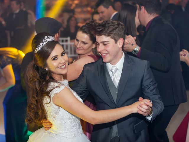 O casamento de Raphael e Renata em São José dos Pinhais, Paraná 43