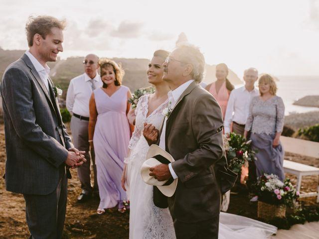 O casamento de César e Raquel em Fernando de Noronha, Pernambuco 13