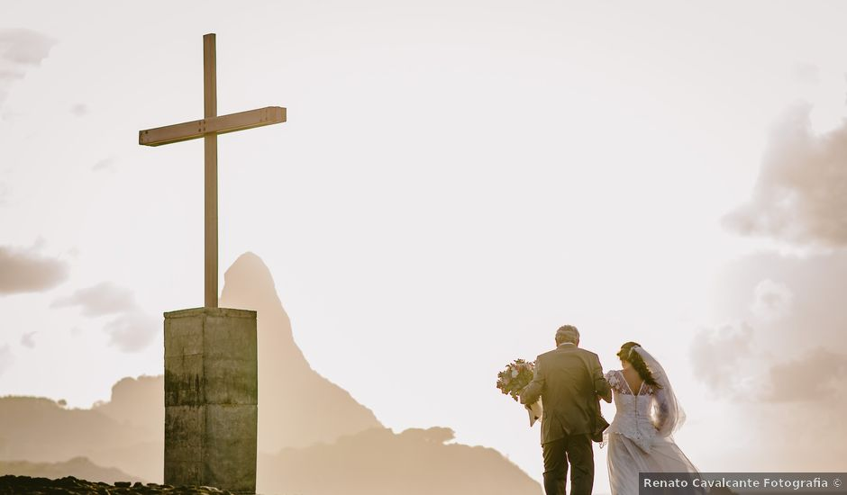 O casamento de César e Raquel em Fernando de Noronha, Pernambuco