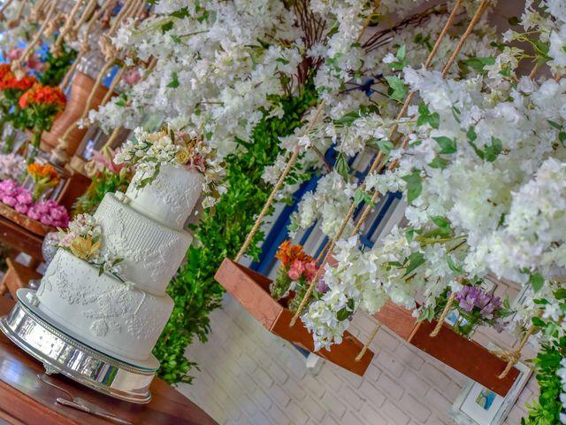 O casamento de Rodrigo e Lira em Monte Gordo, Bahia 12