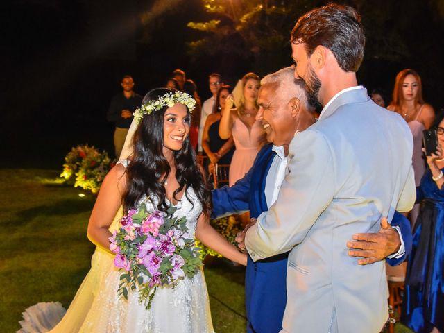 O casamento de Rodrigo e Lira em Monte Gordo, Bahia 61