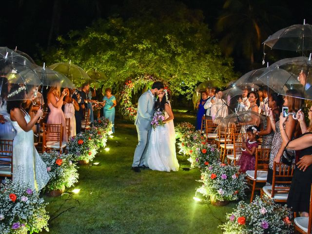 O casamento de Rodrigo e Lira em Monte Gordo, Bahia 62