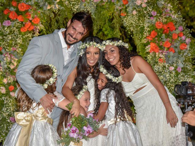 O casamento de Rodrigo e Lira em Monte Gordo, Bahia 75