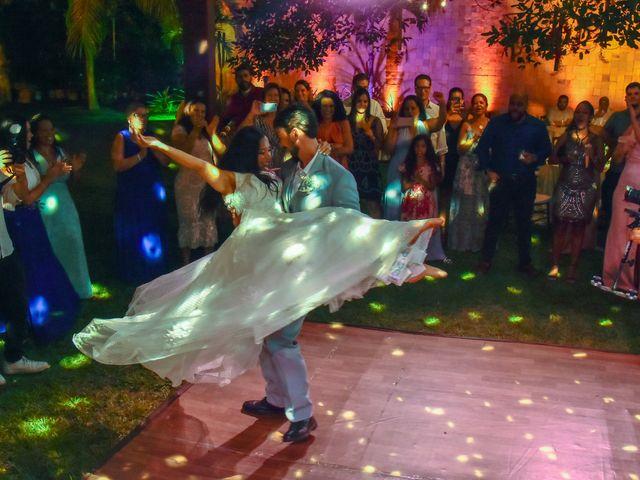 O casamento de Rodrigo e Lira em Monte Gordo, Bahia 89