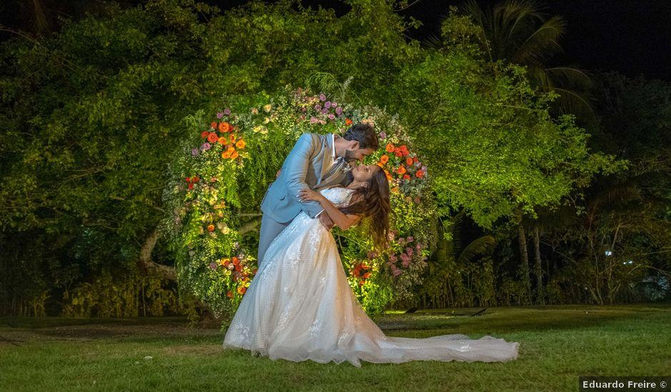 O casamento de Rodrigo e Lira em Monte Gordo, Bahia