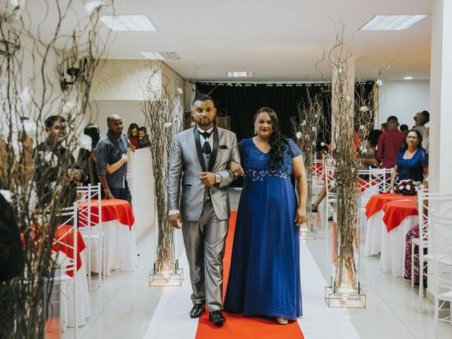 O casamento de Carlos e Jaciara em Carapicuíba, São Paulo 36