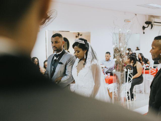 O casamento de Carlos e Jaciara em Carapicuíba, São Paulo 45