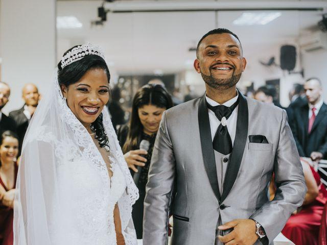 O casamento de Carlos e Jaciara em Carapicuíba, São Paulo 47