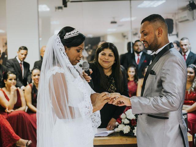 O casamento de Carlos e Jaciara em Carapicuíba, São Paulo 53