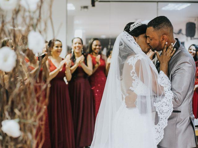 O casamento de Carlos e Jaciara em Carapicuíba, São Paulo 55