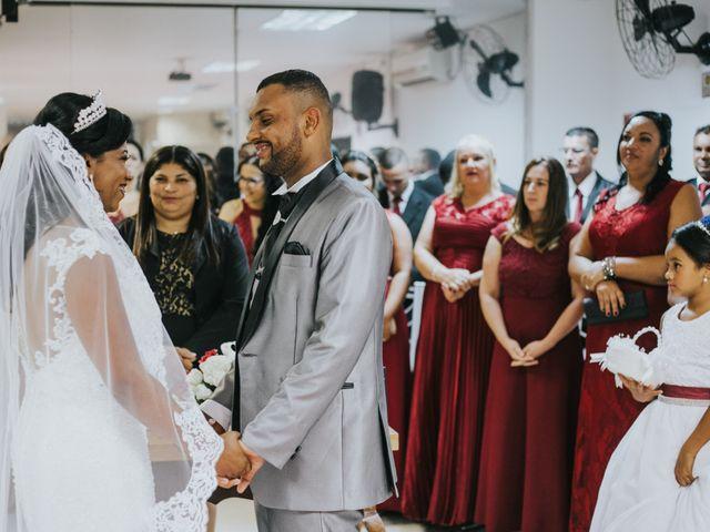 O casamento de Carlos e Jaciara em Carapicuíba, São Paulo 61
