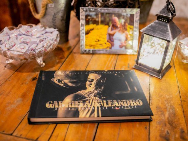 O casamento de Leandro e Gabriela em Suzano, São Paulo 9
