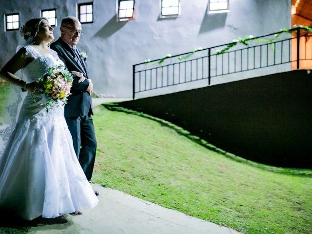 O casamento de Leandro e Gabriela em Suzano, São Paulo 25