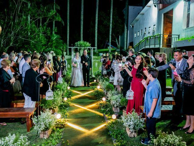 O casamento de Leandro e Gabriela em Suzano, São Paulo 26