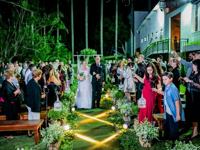 O casamento de Leandro e Gabriela em Suzano, São Paulo 28