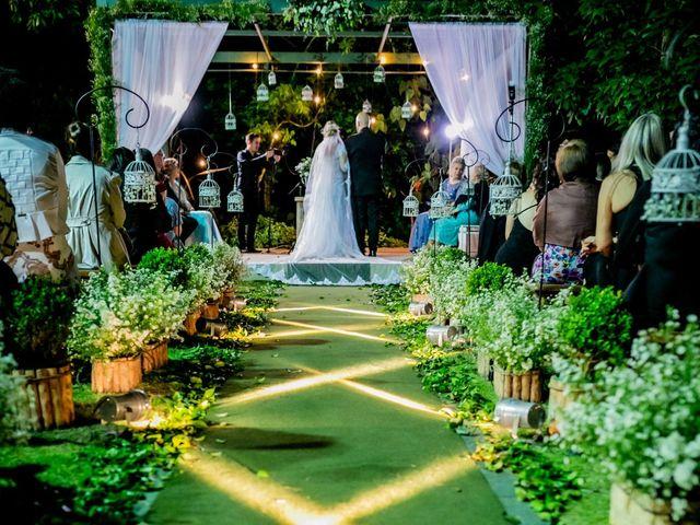 O casamento de Leandro e Gabriela em Suzano, São Paulo 36