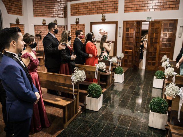 O casamento de Júlio e Jailine em Cascavel, Paraná 29