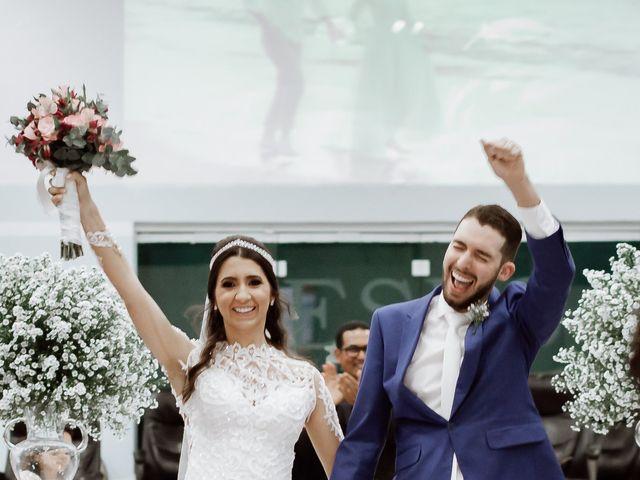 O casamento de Marcelo e Larissa em Gaspar, Santa Catarina 36
