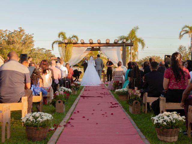 O casamento de Henrique e Raquel em Porto Alegre, Rio Grande do Sul 18