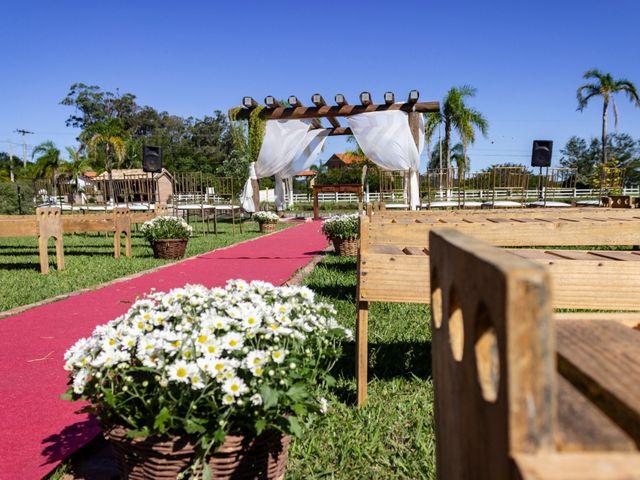O casamento de Henrique e Raquel em Porto Alegre, Rio Grande do Sul 28