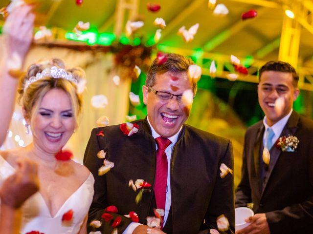 O casamento de John e Silene em Itapecerica da Serra, São Paulo 25