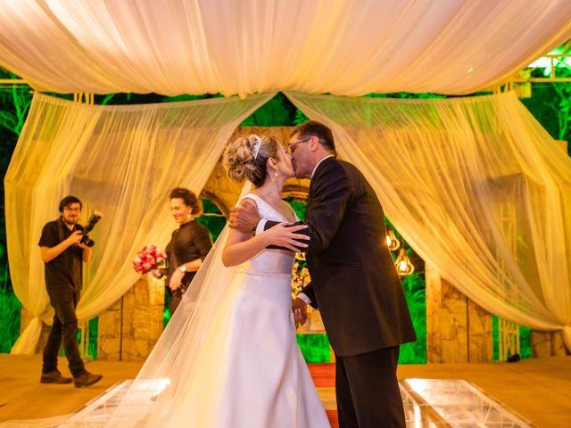 O casamento de John e Silene em Itapecerica da Serra, São Paulo 27