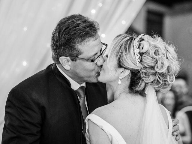 O casamento de John e Silene em Itapecerica da Serra, São Paulo 28