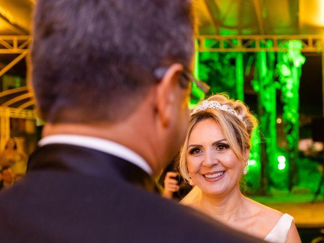 O casamento de John e Silene em Itapecerica da Serra, São Paulo 38