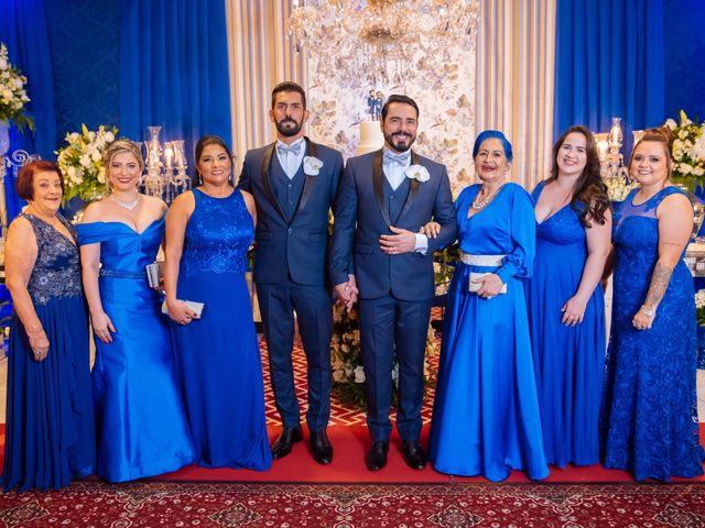 O casamento de Roberto e Guilherme em Vila Velha, Espírito Santo 10