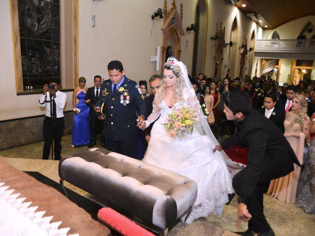 O casamento de Rossicley e Ewerlin em Belém, Pará 13