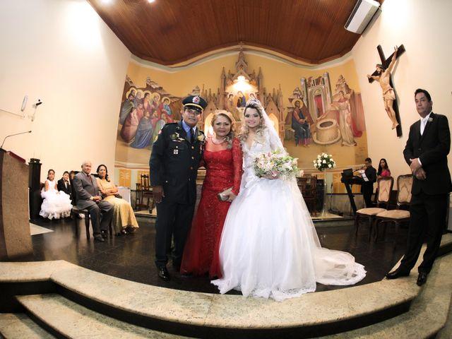 O casamento de Rossicley e Ewerlin em Belém, Pará 21