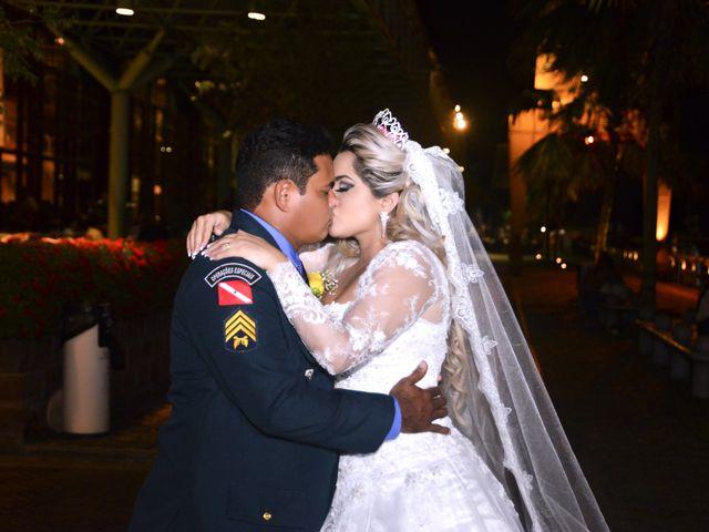 O casamento de Rossicley e Ewerlin em Belém, Pará 24