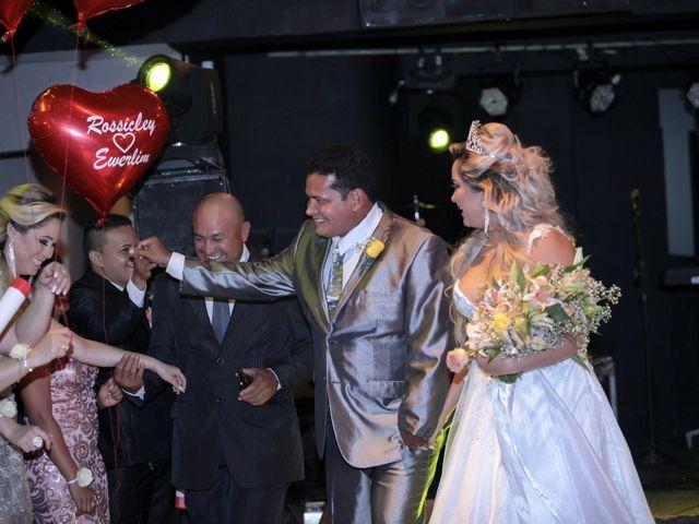 O casamento de Rossicley e Ewerlin em Belém, Pará 41