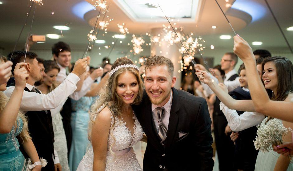 O casamento de Alison e Mayara em Blumenau, Santa Catarina