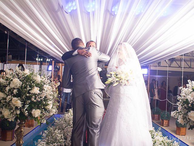 O casamento de Rafael e Débora em Lauro de Freitas, Bahia 15