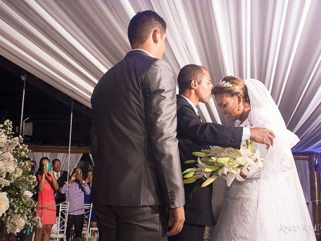 O casamento de Rafael e Débora em Lauro de Freitas, Bahia 16
