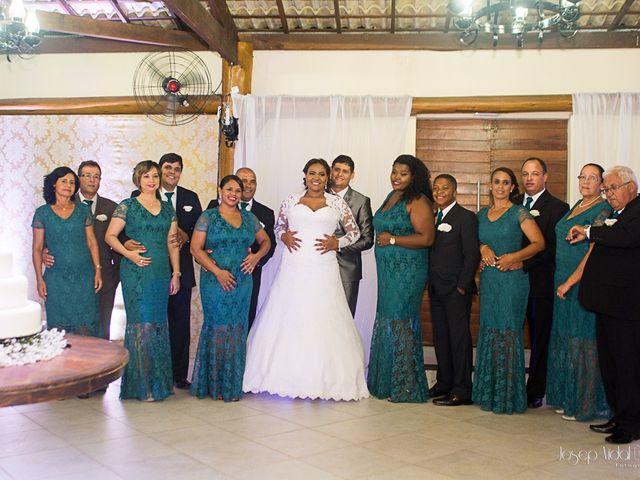 O casamento de Rafael e Débora em Lauro de Freitas, Bahia 24