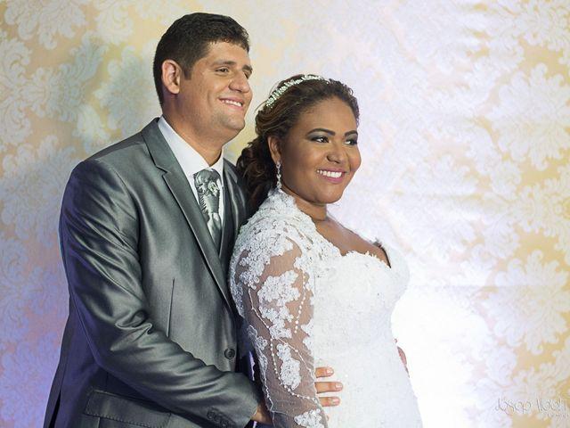 O casamento de Rafael e Débora em Lauro de Freitas, Bahia 31