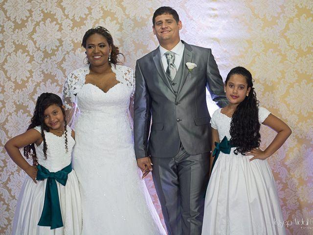 O casamento de Rafael e Débora em Lauro de Freitas, Bahia 32