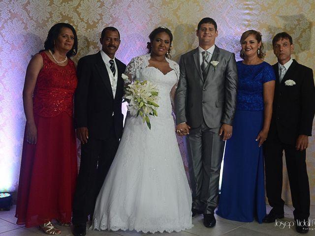 O casamento de Rafael e Débora em Lauro de Freitas, Bahia 36