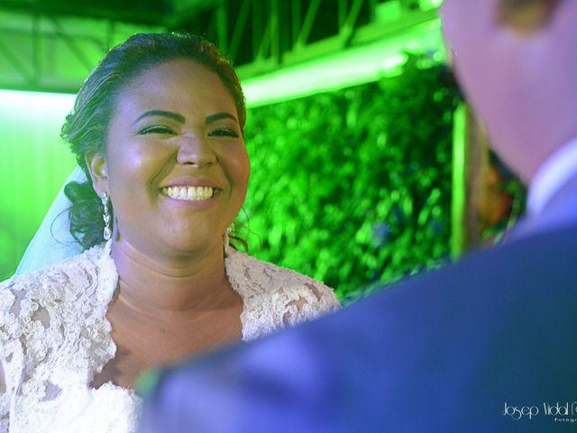 O casamento de Rafael e Débora em Lauro de Freitas, Bahia 51