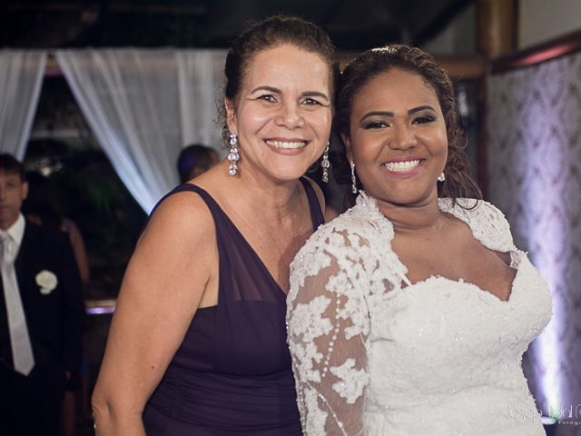 O casamento de Rafael e Débora em Lauro de Freitas, Bahia 59
