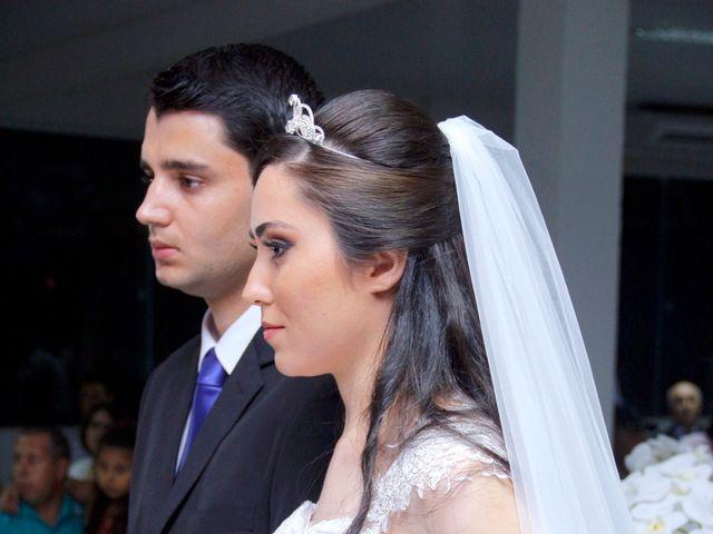 O casamento de Douglas e Valéria  em Astorga, Paraná 9
