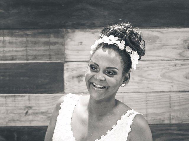 O casamento de Thiago e Elaine em Cabo Frio, Rio de Janeiro 13