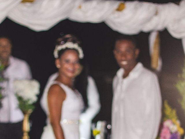 O casamento de Thiago e Elaine em Cabo Frio, Rio de Janeiro 30
