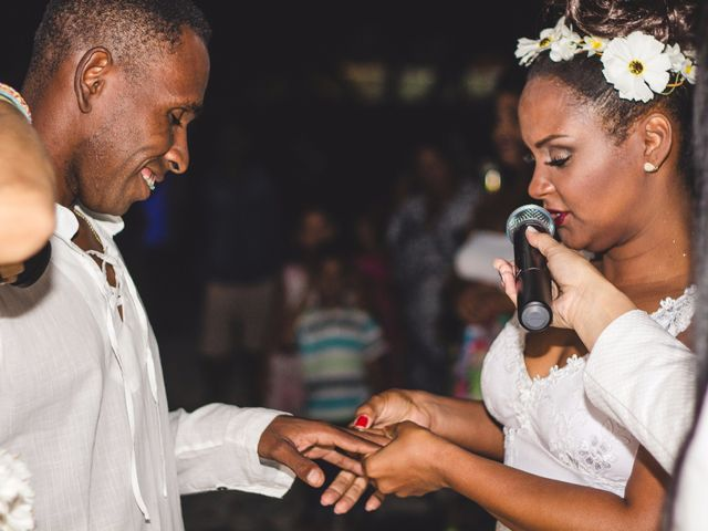 O casamento de Thiago e Elaine em Cabo Frio, Rio de Janeiro 32