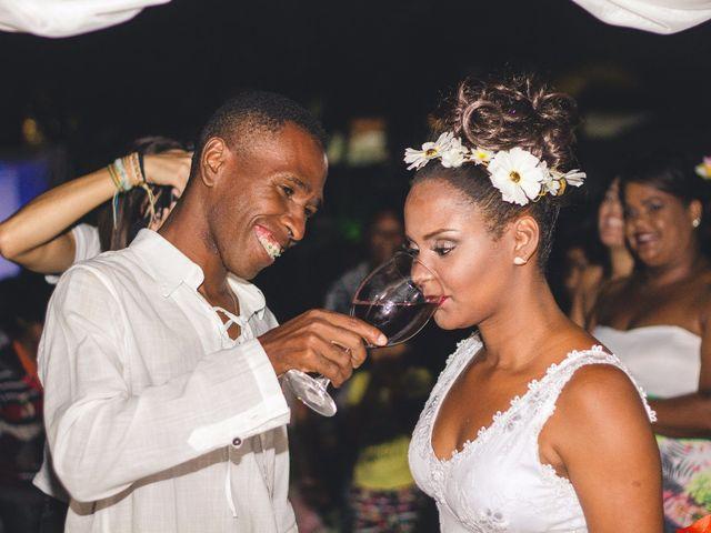 O casamento de Thiago e Elaine em Cabo Frio, Rio de Janeiro 34