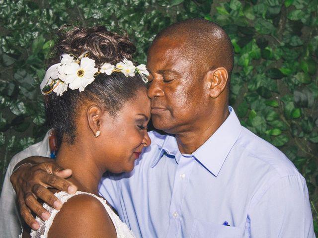O casamento de Thiago e Elaine em Cabo Frio, Rio de Janeiro 37